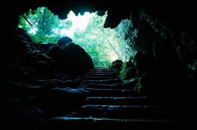 hermans-cave-belize